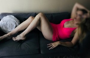 Yvana independent escorts in Fair Oaks California
